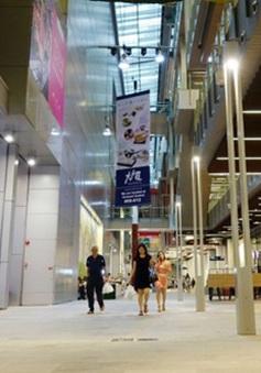 """""""Thiên đường mua sắm"""" Singapore kém sôi động"""
