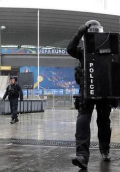 Pháp kéo dài tình trạng khẩn cấp đến hết Euro 2016