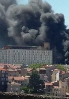Pháp: Bệnh viện sơ tán do nổ bình gas