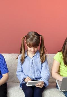 Trẻ tiếp xúc sớm với công nghệ - Nên hay không?