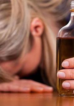 Rượu có thể gây hại cho tim