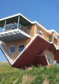 Độc đáo căn nhà lộn ngược tại Đức