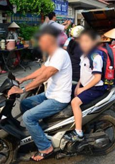 Hà Nội bỏ quy định buộc học sinh nghỉ học khi vi phạm giao thông