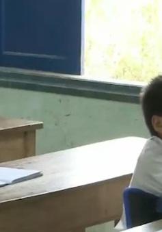Hỗ trợ học sinh ở xã, thôn đặc biệt khó khăn
