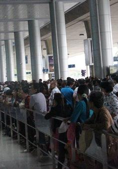 Sân bay Tân Sơn Nhất nỗ lực phục vụ hành khách dịp Tết Nguyên đán
