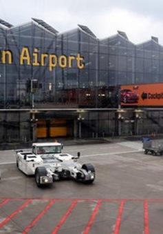 Đức bắt giữ một kẻ tình nghi vượt rào an ninh tại sân bay Cologne-Bonn