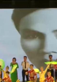 Khai mạc Lễ hội Làng Sen - Kỷ niệm ngày sinh Chủ tịch Hồ Chí Minh