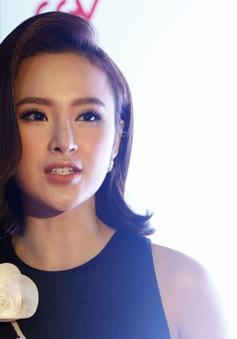 """Angela Phương Trinh tiết lộ trình lái xe không thua """"Fast & Furious"""""""