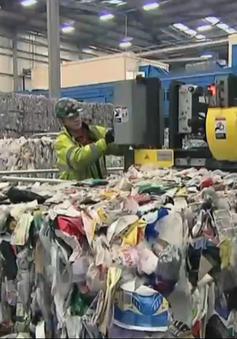 Ngành tái chế nhựa ở Anh lao đao do giá dầu giảm
