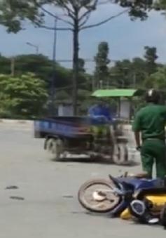 Bình Dương: Vượt đèn đỏ gây tai nạn, 3 người bị thương