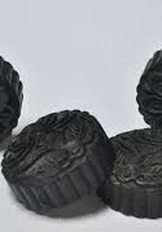 Độc đáo xà phòng đen được làm từ trấu