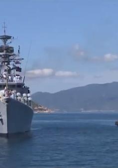 Tàu Hải quân Ấn Độ cập cảng Cam Ranh