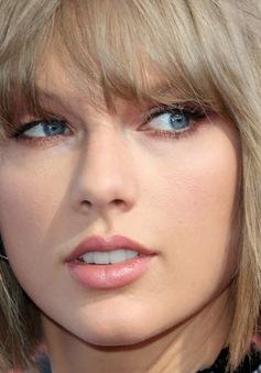 Taylor Swift nhận giải thưởng Taylor Swift