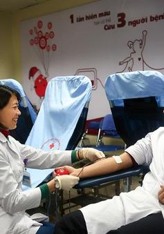 Thầy thuốc trẻ tiên phong hiến máu tình nguyện