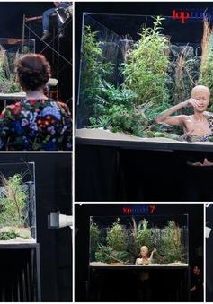 Vietnam's Next Top Model 2016: Top 11 oằn mình chụp ảnh cùng rắn, thằn lằn