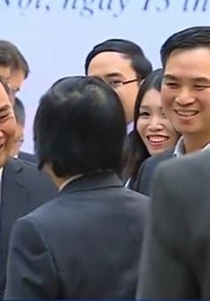Thủ tướng gặp gỡ các chuyên gia toàn cầu về phát triển