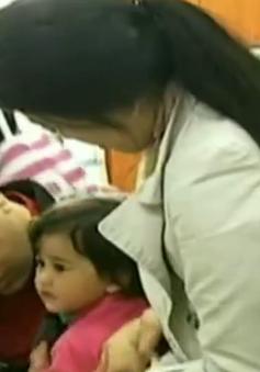 Hong Kong (Trung Quốc) hạn chế dịch vụ tiêm chủng sau scandal vaccine giả