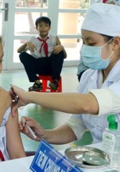 Tiêm miễn phí vaccine sởi - rubella cho thiếu niên tại Hà Nội