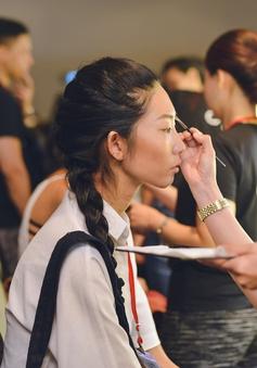 Café Sáng với VTV3: Hậu trường đặc biệt của Vietnam International Fashion Week  2016