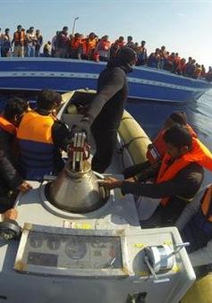 Italy bắt giữ 4 nghi phạm buôn người