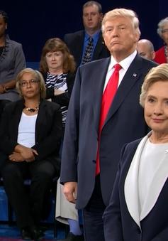Hai ứng viên Tổng thống Mỹ tranh luận lần 2: Bà Hillary lấn lướt ông Trump