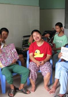 Trao hàng nghìn suất quà trung thu cho trẻ em khuyết tật tại Bình Dương