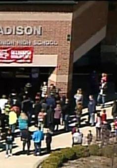 Thiếu niên Mỹ 14 tuổi xả súng vào các học sinh trung học ở Ohio