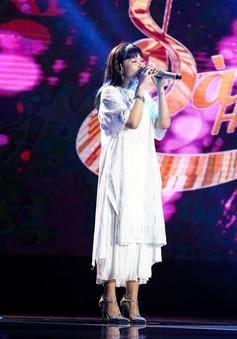 """Khoe sáng tác mới, Trương Thảo Nhi của """"Bốn chữ lắm"""" gây sốt tại Sing My Song"""