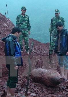 Di dời quả bom nặng hơn 350kg tại Quảng Bình