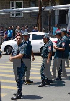 Thêm 1 cảnh sát thiệt mạng do bạo loạn tại Armenia