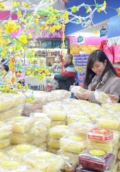 PTTg Nguyễn Xuân Phúc yêu cầu quyết liệt kiểm soát thị trường nội địa dịp Tết