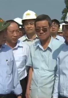 PTTg Nguyễn Xuân Phúc kiểm tra công tác khắc phục sự cố sập cầu Ghềnh