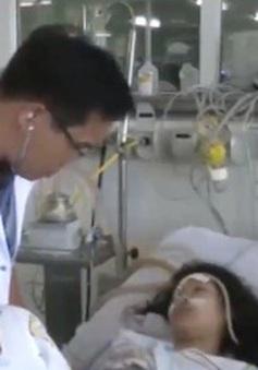 Vụ lật tàu ở Đà Nẵng: 5 em nhỏ bị viêm phổi do đuối nước