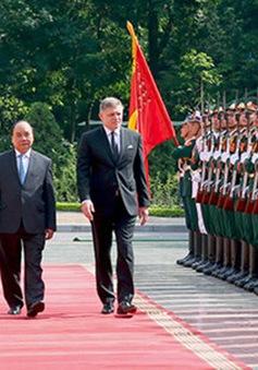 Thủ tướng Slovakia thăm chính thức Việt Nam