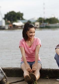 """Xem Nhã Phương tán trai trong phim hot """"Vừa đi vừa khóc"""" trên VTV9"""