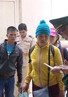 Gia Lai tiếp nhận 16 người vượt biên trái phép