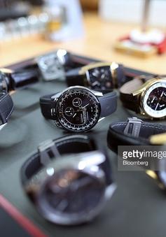 Đồng hồ cơ yếu thế trong thời đại đồng hồ thông minh
