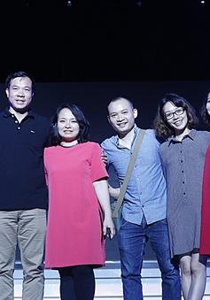 Xạ thủ Hoàng Xuân Vinh gây bão tại VTV Awards 2016
