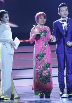 """MC Hạnh Phúc: """"Giải thưởng ở VTV Awards không phải dành cho người chiến thắng"""""""