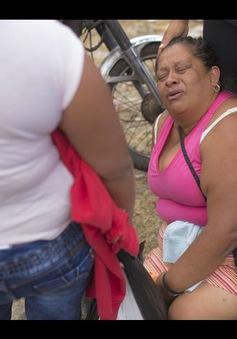 Vụ cháy khiến 19 em gái thiệt mạng ở Guatemala: Người thân ngã quỵ trước tin dữ