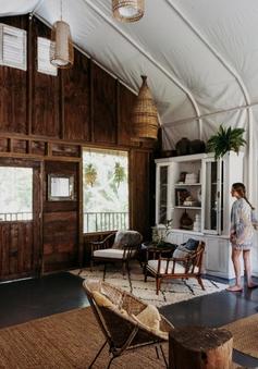Hai cô gái biến nhà kho cũ kỹ thành nơi ở gần gũi với thiên nhiên