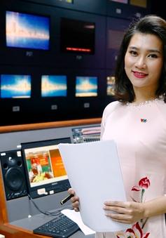 Bóng hồng mới của Bản tin Thời sự 19h tất bật chuẩn bị cho buổi lên hình