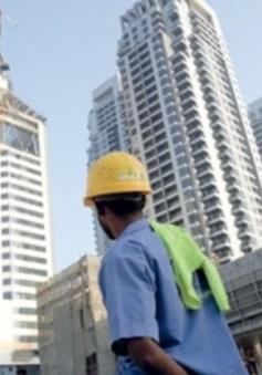 Qatar ban hành luật bảo vệ lao động nước ngoài