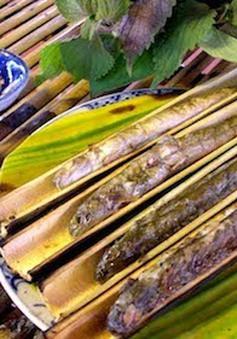 Độc đáo món cá kèo nướng ống sậy nơi miền Tây sông nước