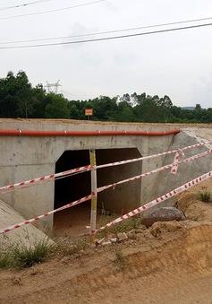 Họp giải quyết vướng mắc về đường cao tốc Đà Nẵng - Quảng Ngãi