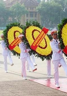 Lãnh đạo Đảng, Nhà nước viếng Chủ tịch Hồ Chí Minh và các anh hùng liệt sỹ