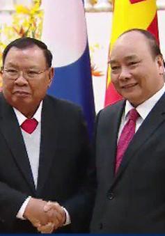 Thủ tướng Nguyễn Xuân Phúc tiếp Tổng Bí thư, Chủ tịch nước Lào