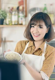 Không làm ca sĩ, Bích Phương sẽ... bán đồ ăn vặt online