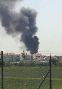 Bồ Đào Nha: Máy bay rơi gần siêu thị, 5 người thiệt mạng