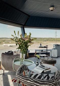 Độc đáo căn hộ mini hiện đại nằm ngay trong... sân bay